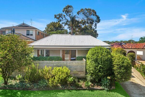 36A Bendena Gardens Stanwell Tops